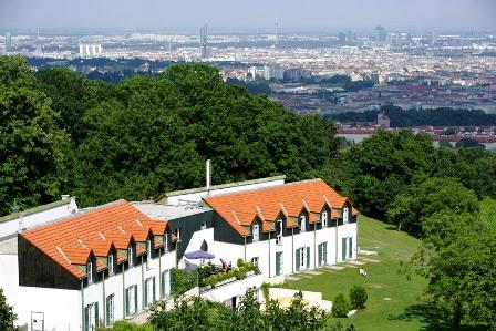 Palace Hostel1